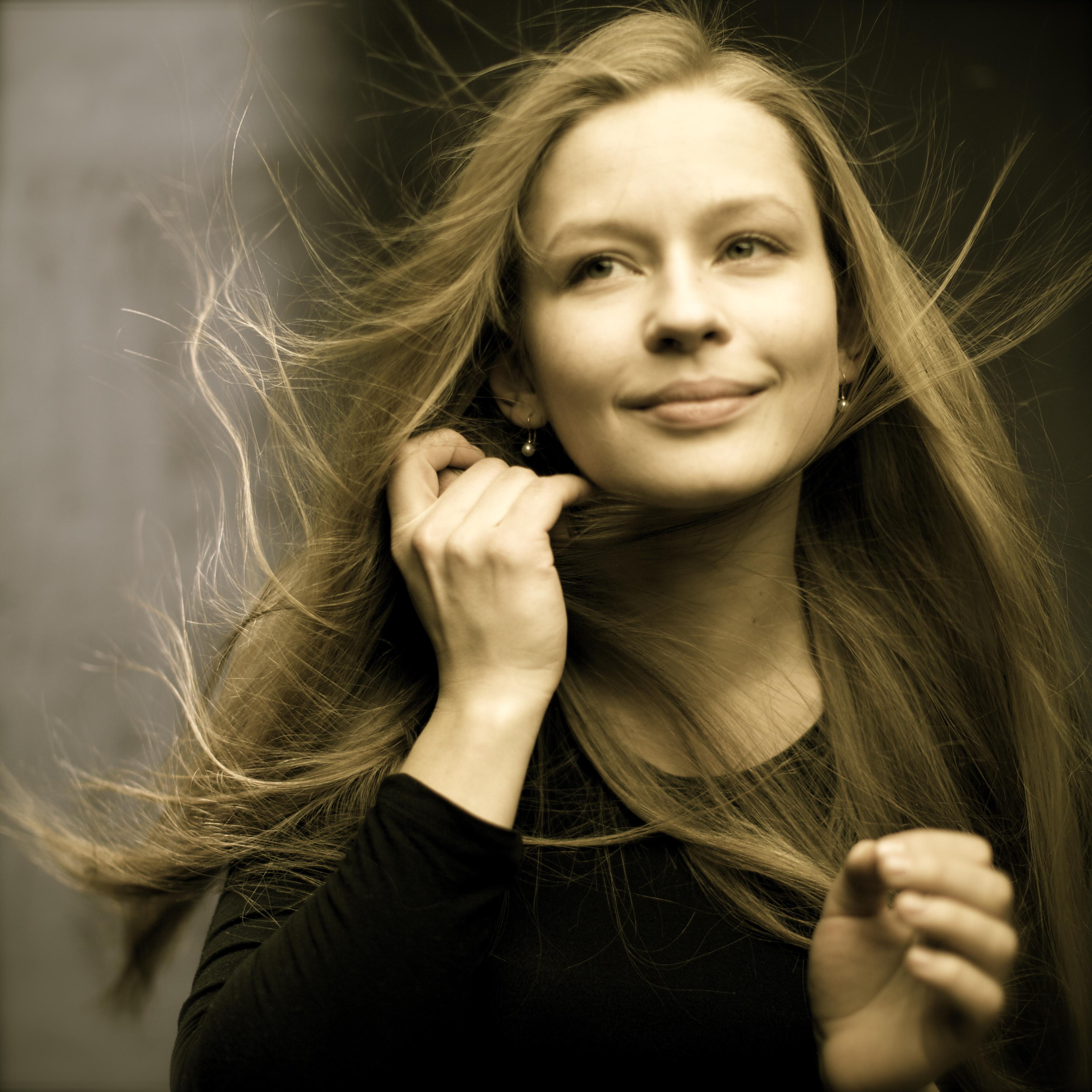 Yulia Peresild wwwdivinaatmediaactorsimagesyuliaperesild1jpg